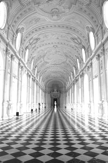 Arch Architectural Column Architecture Architecture Art Black And White Bw Cultural Heritage Day Floor Galleria Grande Gallery History Indoors  Italia Italy Light Piemonte The Way Forward Torino Tourism Travel Travel Destinations Venaria Venaria Reale