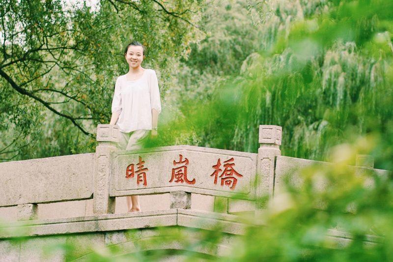 Bridge Beautiful Nature Beautiful Girl Taking Photos Relaxing Enjoying Life Happy Outdoors Smile :) EyeEm Best Shots First Eyeem Photo Girl Spring