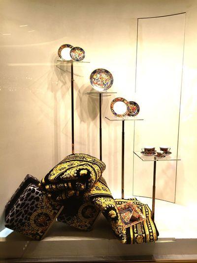 Versace Visual Merchandising Shopping Golden Shopwindow Photography Enjoying Life Taking Photos Walking Around