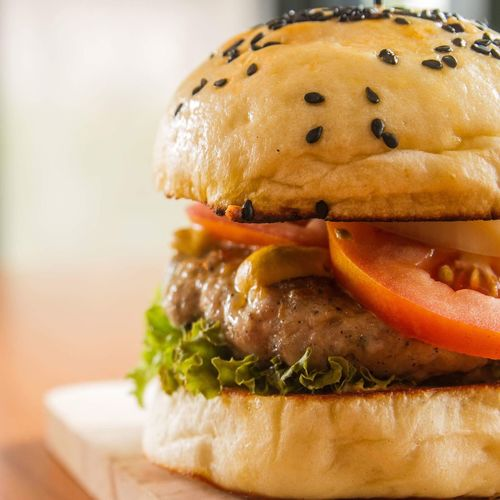 Hamburger Hamburger Burger Bun Food And Drink Unhealthy Eating Food Fast Food Indoors  Ready-to-eat Close-up Lettuce Tomato Bread Take Out Food No People Freshness Day Italian Food Meal Fast Food Burger Food And Drink Healthy Eating