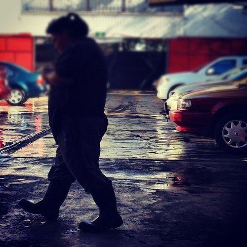 Mexicocity  Mujerestrabajando Carwash Df autolavado dailygram igers instagramers ihub instamood instagood instahub picoftheday photooftheday fotodeldia bestpicoftheday gramermex mextagram iphoneonly iphonesia iphone4s igersmania mexico lalojm1 2012