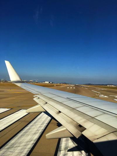 さぁ、日本に帰るぞ〜。帰りの便は晴れて良かった。 From An Airplane Window Airport 仁川 国際空港 Good Morning EyeEm Korea Korea 韓国