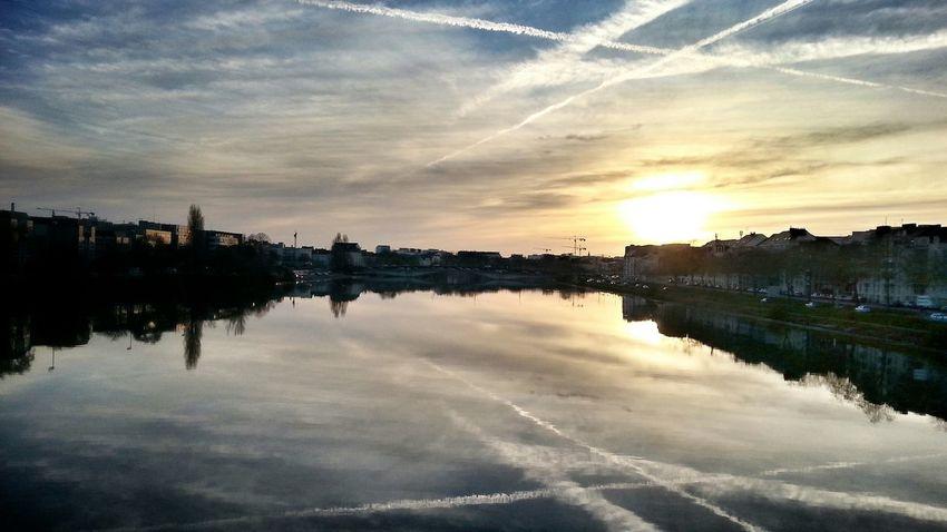 Water Reflections Sunshine Walking Around