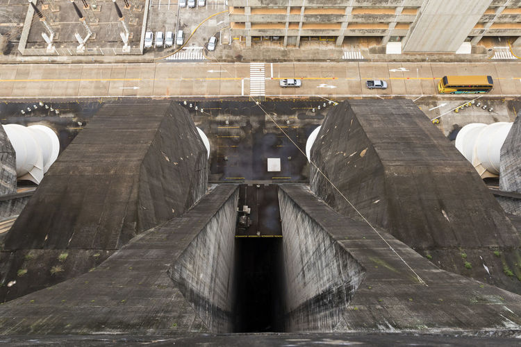 itaipu dam top view Industrial Itaipu Binacional ItaipuBinacional Architecture Built Structure Concrete Dam Day Hydroelectric Power Hydroelectric Power Plant Hydroelectricpowerplant Indoors  Itaipu Metal No People