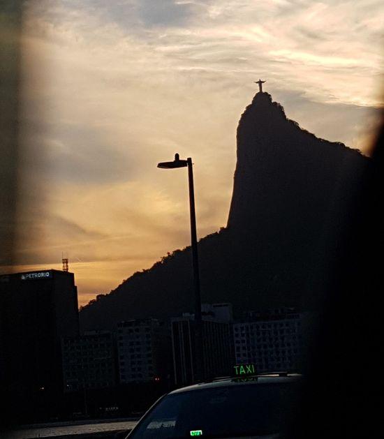 Cristo Redentor Vista Cidade Maravilhosa Rio De Janeiro City Por Do Sol Ponto Turístico Taxi Ruas Da Cidade Fotografia Mountain Cristo Redentor-Río De Janeiro