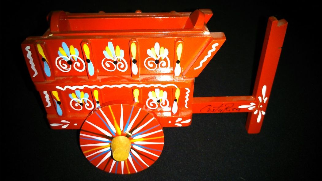 Costa Rica Viaje A Costa Rica Ox Cart model from my trip at 2010 Taking Photos