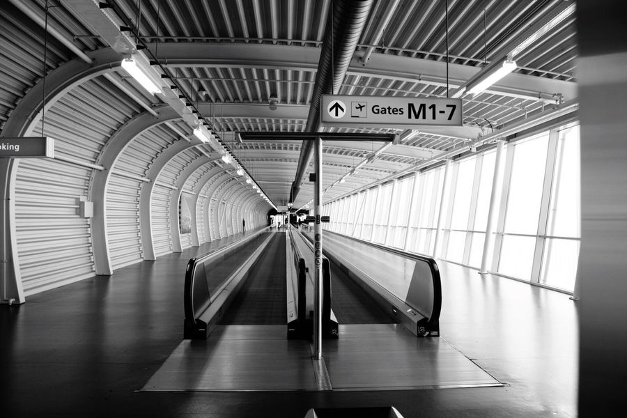 Amsterdam Schiphol Airport Hello World Amsterdam Schiphol Airport Neatherlands Black And White At The Airport Taking Photos Enjoying Life Travelling Click Click 📷📷📷 Escalators