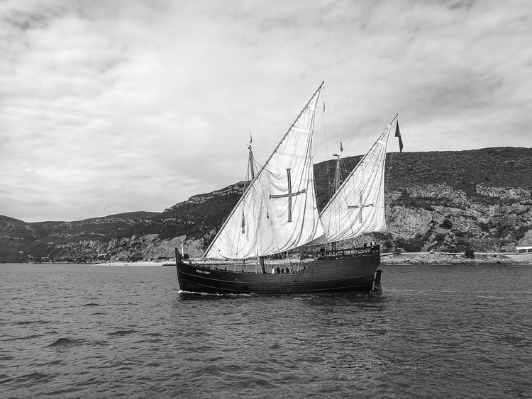 "Caravela Portuguesa ""Vera Cruz"" Setúbal Portugal Water Sky Waterfront Sea Cloud Outdoors Caravela Caravelle  Caravel Ship Caravella Tranquil Scene Monochrome Photography Tranquility Capturedonp9 HuaweiP9 Ship Sail Sailing Sailing Ship My Year My View"