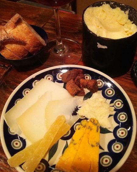 チーズ!(⌒‐⌒) チーズの写真撮るのは難しい(。>д<)