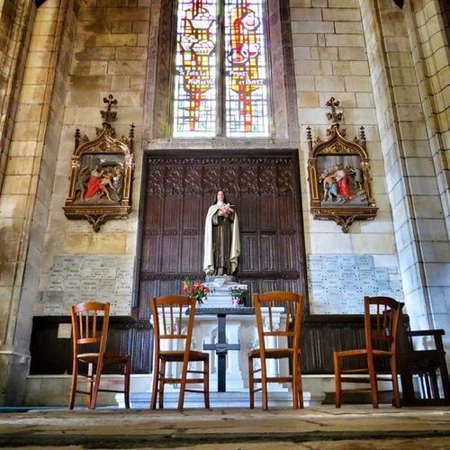Intérieur de l'église st André #niort inside st André church Architecturedaily Archiromantix Architecture Cornerarchitecture Niort Igersfrance Buildingstyles_gf Ic_architecture Urm_feature Trailblazer_rurex Ig_europe Ig_france Architecturephotography Amature_united Igersniort Modarch_masters Archimasters