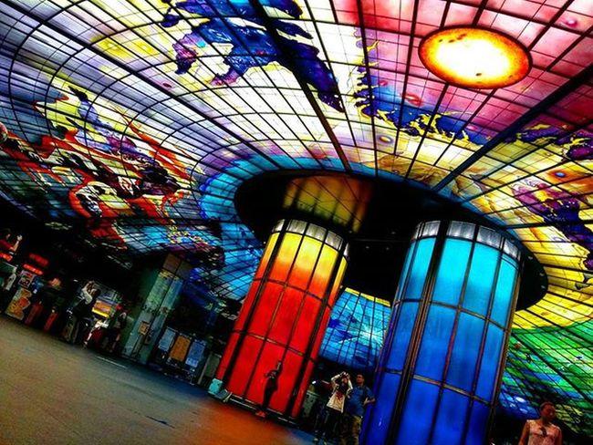 光之穹頂 Taiwan Formosa Formasaboulevard 美麗島 美麗島站 高雄捷運 光之穹頂 往西子灣 Mrt Mrtstation Kaohsiung 20150920 Glass Beautiful Art