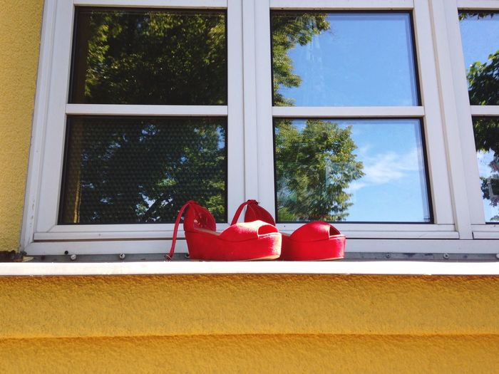 Somebody had a great night out .. Hanging Out Red Shoes Sexylady Night Out Taking A Break Fresh Air Random Thoughts Color Block Refections Windows
