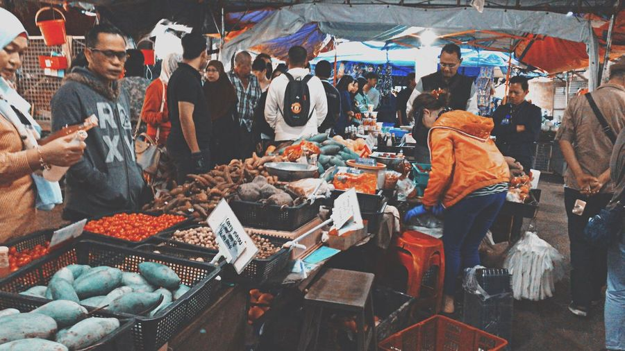 Market Market Stall Freshness Fruit Large Group Of People People Cameronhighland VisitMalaysia2017 Cold Weather