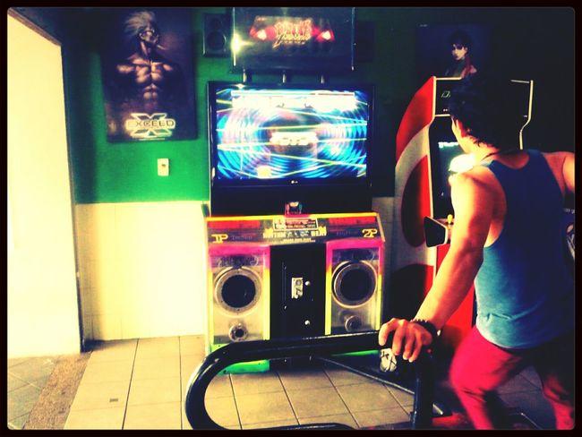 jugando en la pump!! infinity!! *-* PIU <3 Pump It Up! Peoples IFunny