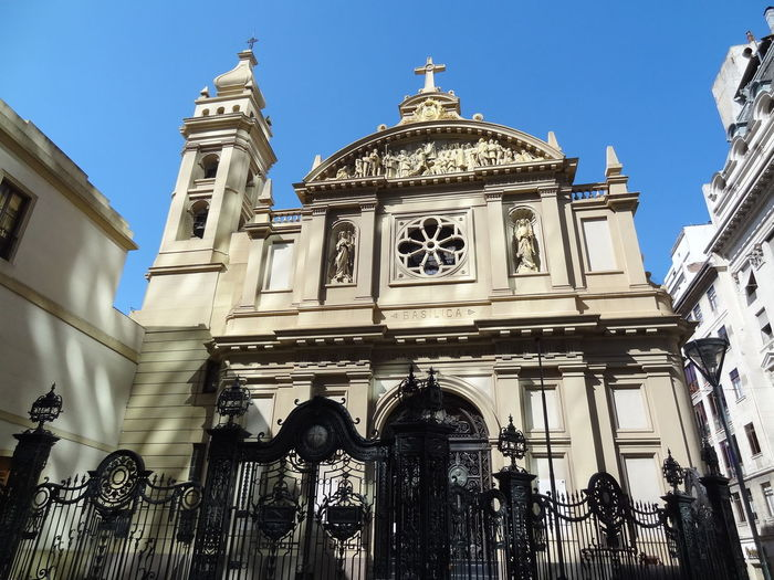 Architecture Basilica Built Structure City Day Government Microcentro Microcentroporteño No People Outdoors Politics And Government Sky Travel Destinations