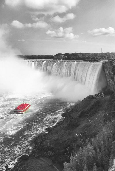 Water Scenics Cloud - Sky Power In Nature Details Red Boat Niagara Falls Black And White Version Travel