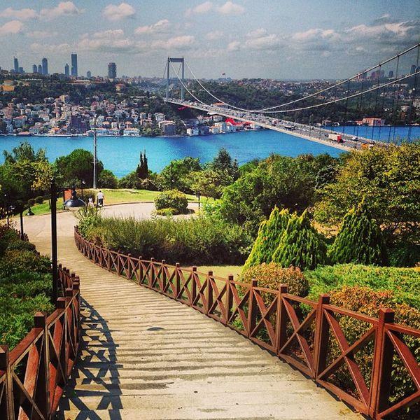 Istanbul BO ğaziçiBosphorus Hisar köprüdenizseamarmara