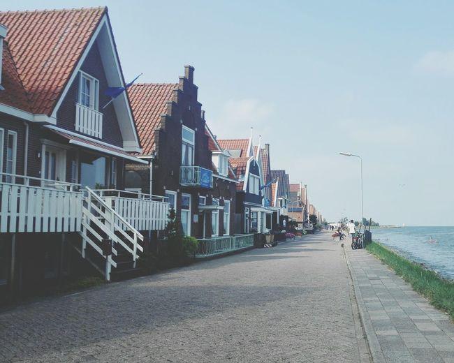 Hanging Out Walking Around Exploring Holland Volendam Blue Sky Ijsselmeer Taking Photos