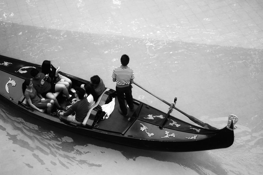 Blackandwhite Boat Boat Ride Gondola - Traditional Boat Gondolier Venice Canals Venice Grand Canal Mall Water