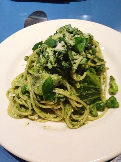 4/10 Lunch グリーベジタブルジェノベーゼ Pasta 新風館 Giraffeカフェ Yummy ジェノベーゼ Vegetables Kyoto