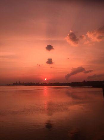 EyeEm Selects Summertime Cloud - Sky Schelde Pink Sky