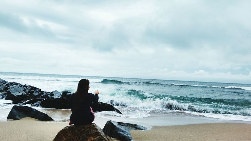 La vem a onda lol Praia That's Me Taking Photos Relaxing Enjoying Life Brasil ♥ Iwashere Brasilian Lovethisplace