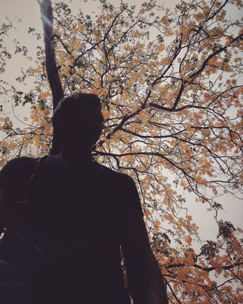 ALONE People Busy Photography Ramdomclick Click View India STAND Alone Drama Human Innocence Dslrphotography Flowers Silhouette Pattern Pixelated Close-up Sky Calm Textured  Rough Detail Backgrounds