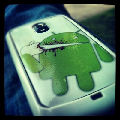 Android eating Apple Galaxynexus