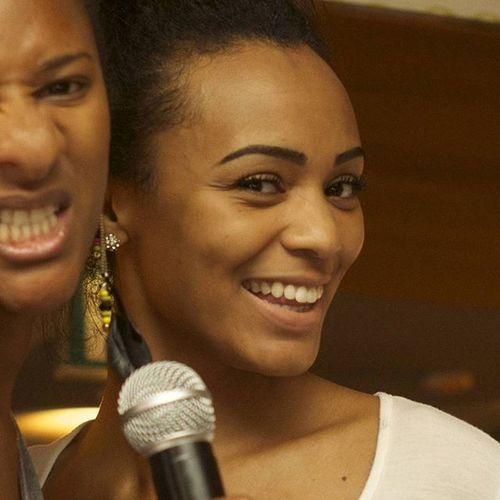 Girls Music Hiphopbrunch Hiphopkaraoke Karaoke Flirt Lunch Tables Dance Blackgirls