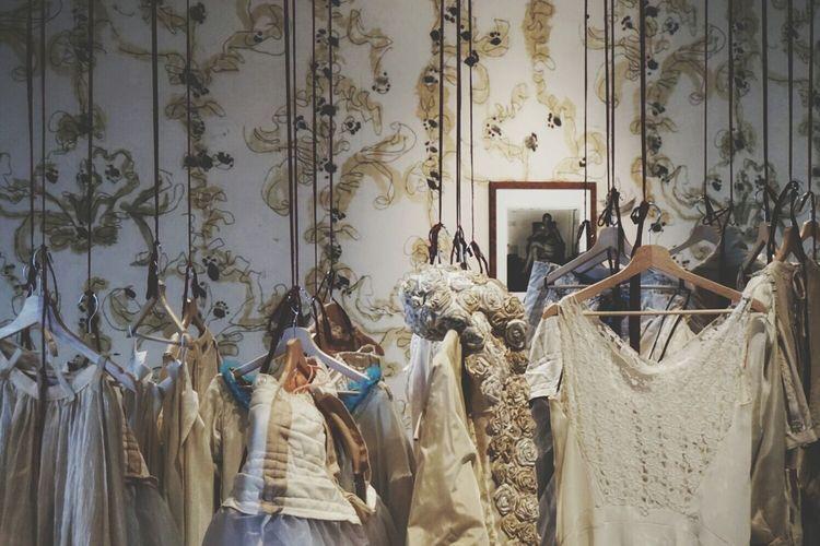 SGUARDO DI DONNA dresses and photos | Untold Stories Womens Getting Creative Antonio Marras  Tre Oci Venezia Sony A6000 Fresh1 EyeEm Italy |