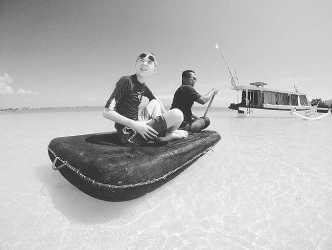Sea Raft Agushariantophotography Boattrips Thedorsaleffect Snorkling Beach Ocean Sunnyday Lombokisland
