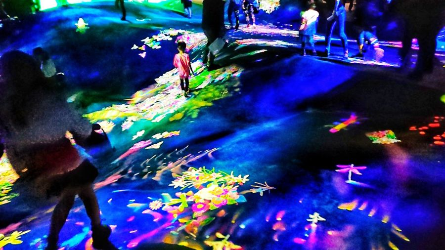 Colors Floor People Arts Culture And Entertainment People Watching Digital Art Art Installation Hello World Enjoying Life Indoors  TeamLabBorderless チームラボ Tokyo,Japan Multi Colored