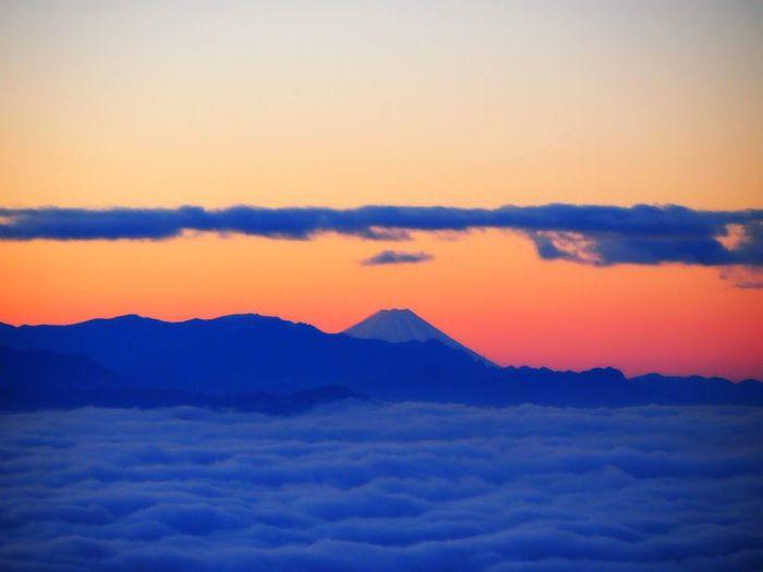Mt.Fuji Mountain Morning Sun Clouds