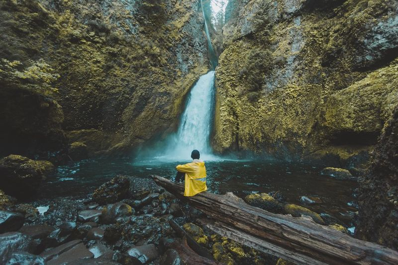 Couldn't get much more relaxing than this. Wahclella Falls, Oregon. The Great Outdoors - 2016 EyeEm Awards Lifestyle Outdoors Traveling Travel Landscape Landscape_Collection Nature Nature_collection Waterfall Water Adventure Market Reviewers' Top Picks
