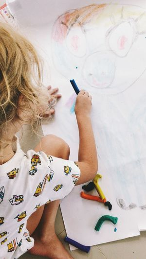 One Person Real People Child Childhood High Angle View Girls Women Art And Craft Lifestyles Females Indoors  Leisure Activity Holding Creativity Hair Drawing - Activity Blond Hair Paintbrush Brush Hairstyle Innocence