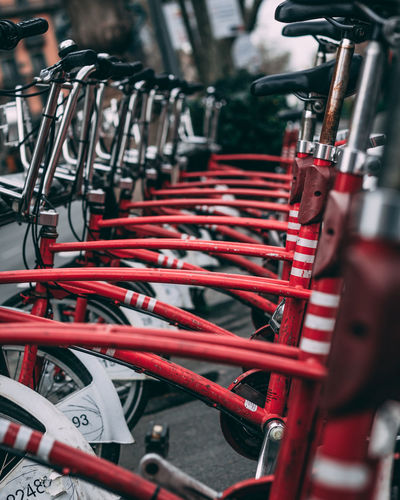 Re-edit Red Bicicleta Barcelona Bycicle Roja #urbanana: The Urban Playground