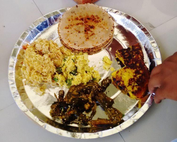 Indian Food Gujarati Food Patra Handvo Bhakhari Khichadi Khaman