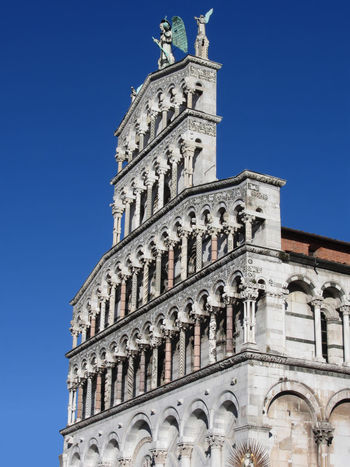 San Michele in Foro . Roman Catholic basilica church in Lucca, Italy Archangel Architecture Basilica Cathedral Church Exterior Façade Historic Italy Landmark Lucca Medieval Michael Monument Old Religious  Romanesque San Michele San Michele In Foro Style Tourism Town Travel Tuscany Vintage