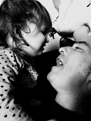 Hanging Out Taking Photos Father And Daughter Having Fun Loveofmylife ♥ Mylife Myworld Mylove Black&white Rockstars Singing