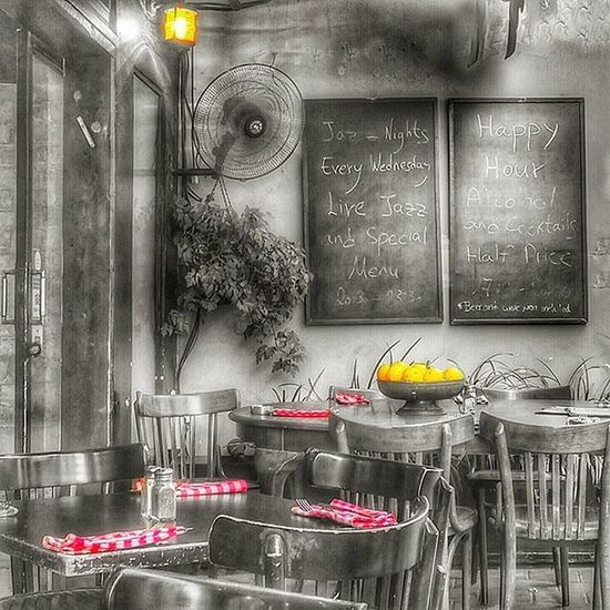 перед открытием кафе World_besthdr Fx_hdr Lucky_hdr hdr cafe street world_beststreet world_bestsplash tlv telaviv myisrael instaisrael instaphoto life world_bestbnw
