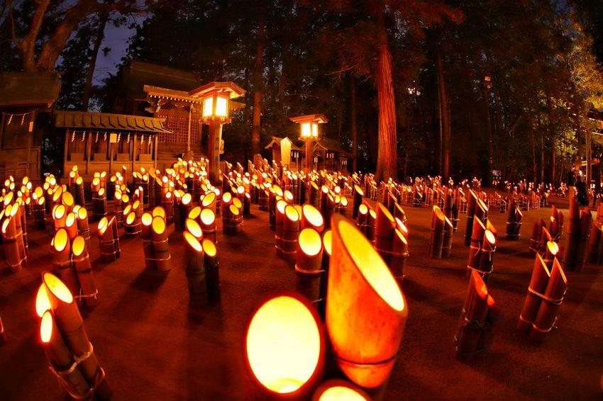 幻想的な週末から現実的な週明け😂 Table Illuminated Night Celebration Chair Large Group Of People Outdoors People 神竹灯 おはよう~今週も頑張ろ😫