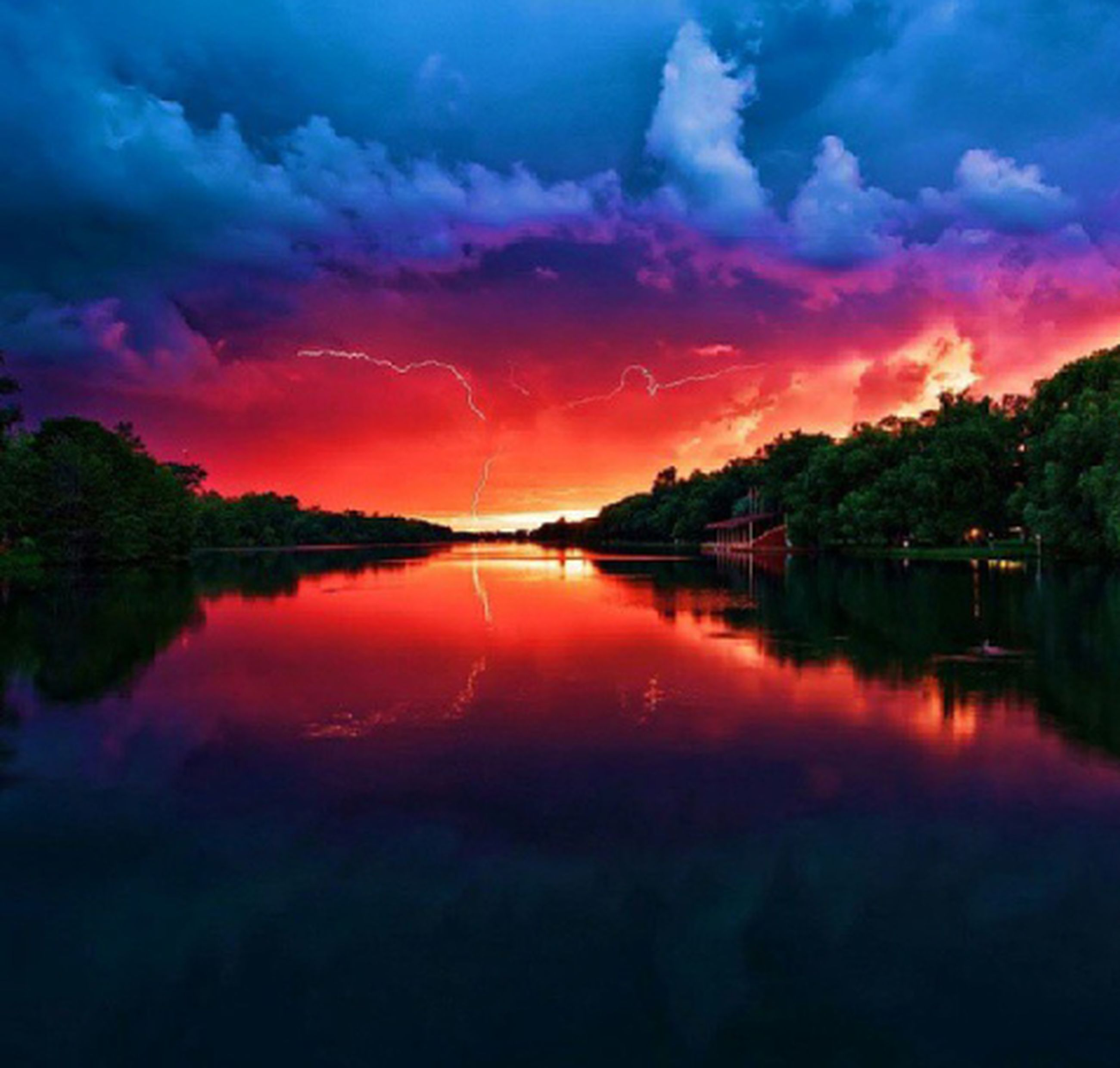 sunset, reflection, water, tranquil scene, lake, sky, scenics, tranquility, beauty in nature, tree, orange color, cloud - sky, idyllic, nature, dramatic sky, cloud, silhouette, waterfront, dusk, calm