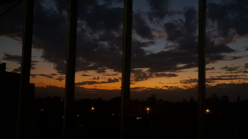 Q Sunset #sun #clouds #skylovers #sky #nature #beautifulinnature #naturalbeauty #photography #landscape Kolhapurdairies Nofilter#noedit Samsung Galaxy S6 Galaxographie Kolhapuri BestScenery Sunset Samsungphotography
