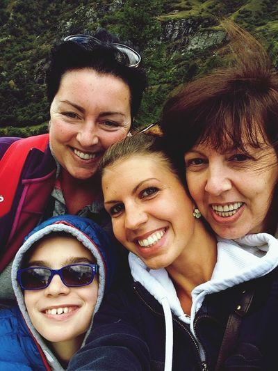 We Are Family Familylife Lovefamily Enjoying Life Keep Smiling 🌻☀️🌼
