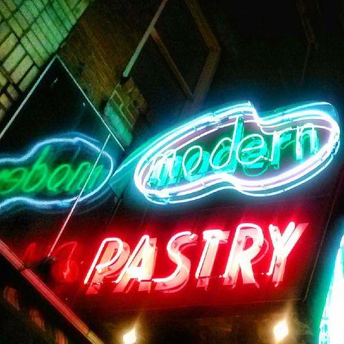 Northend Neonsigns Bostonnightlife
