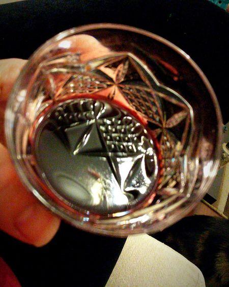Human Hand Glass Reflection Glas Of... Likör Bordeaux