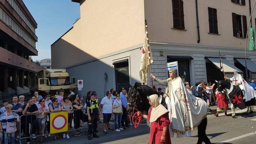 Hystorical Remembrance Hystorical Centre Medieval Festival MedievalTown Medieval Days Medieval City Portrait Adult Horse People Legnano Italy🇮🇹 Palio Di Legnano