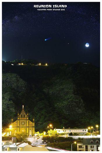 Notre Dame de la Délivrance sous la voûte céleste Hanging Out Taking Photos Hello World Enjoying Life Reunion Island ST DENIS City Citylights