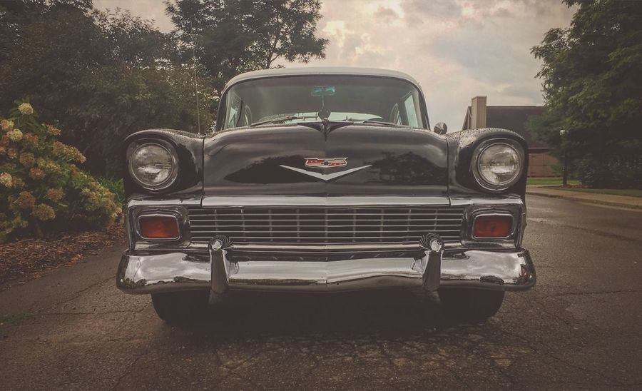 56 Chevy Classic Car Classic Cars Vintage Cars Vintage Automobile Chevy Chevrolet