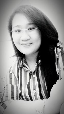 After how many attempts of posting my 1st ever selfie photo for 2016, finally! Woohoo, congrats self! Awkwardsmile Blackandwhite Photography LoveYourSelf ♥